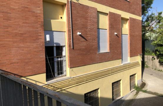 Immobile, zona Tuscolana, Via Salvatore Barzilai